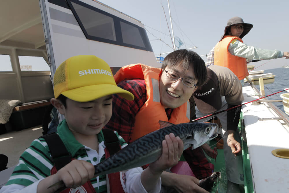 今年の夏こそ海で釣る!親子海釣り体験教室