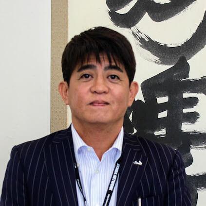会社経営 沖縄県 安里繁信さん(47歳)
